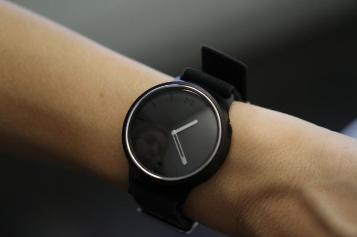 Discover Reviews of the Best Smart Watch Available for Sale. Latest News on Top Rated SmartWatch - Samsung, Pebble, Moto, LG amp; Buy the Best Smart Watches!