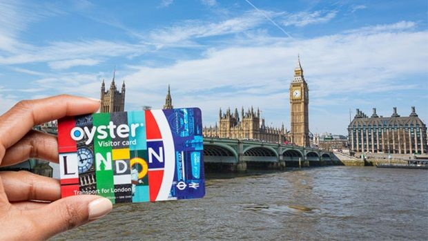 Visitor Oyster Card to save money on travel around London