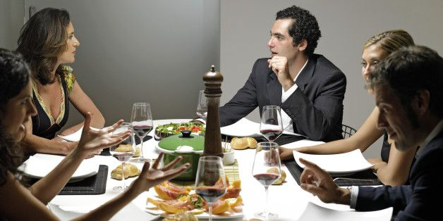Social Dining Apps That Set You Up To Eat With Strangers