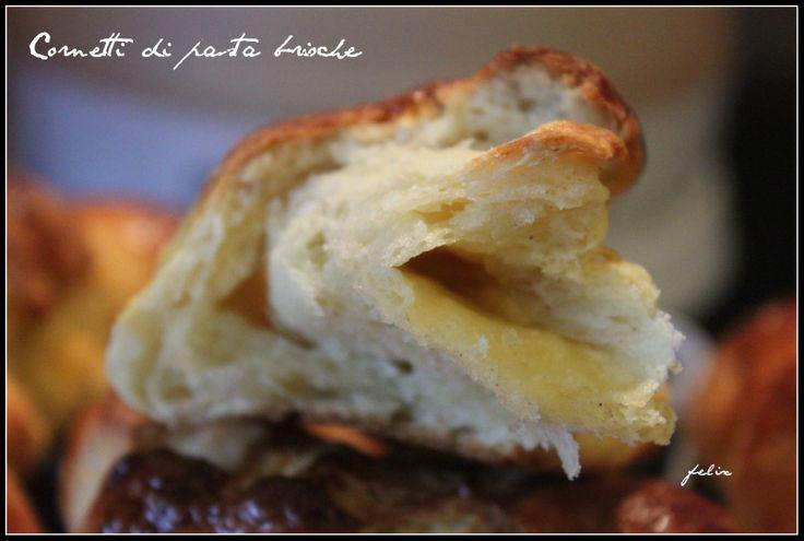 Cornetti di pasta brioche senza glutine | Un cuore di farina senza glutine