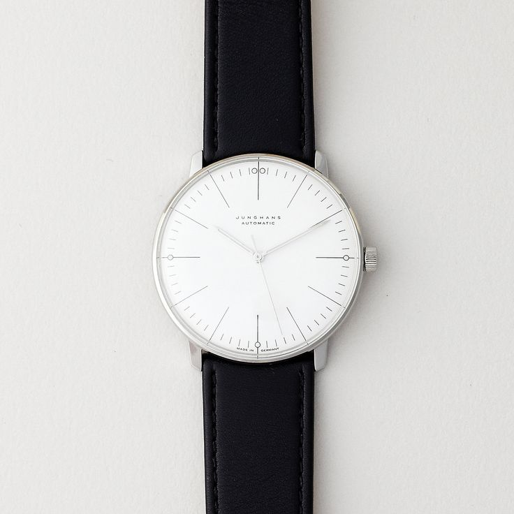 Reminds me a bit of my skagen watch - simple, minimalistic, fantastic