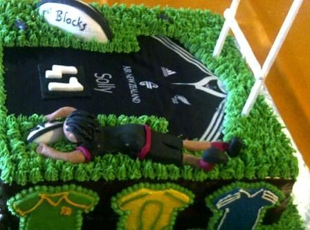 All Blacks - Rugby themed cake with fondant figurines and fondant All Black shirt
