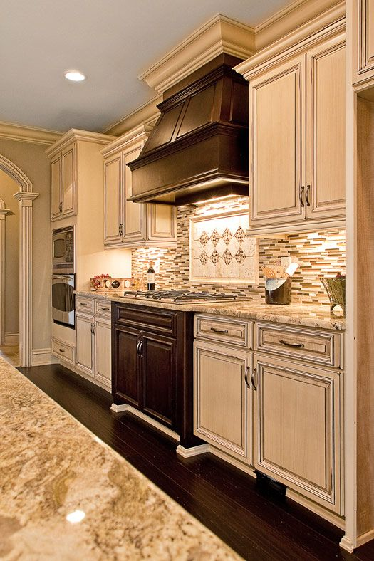 Kitchen Cabinets with back splash by Marsh Kitchens - 33 Best Marsh Kitchens And Cabinets Images On Pinterest Kitchen