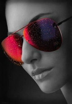 Sunglasses outlet! Hot discount selling,now or never!