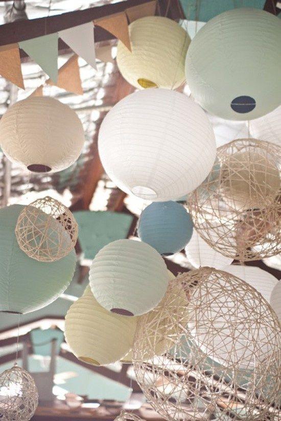 couleur de mariage retro deco de plafond: bleu bleu pale beige et blanc dentelle