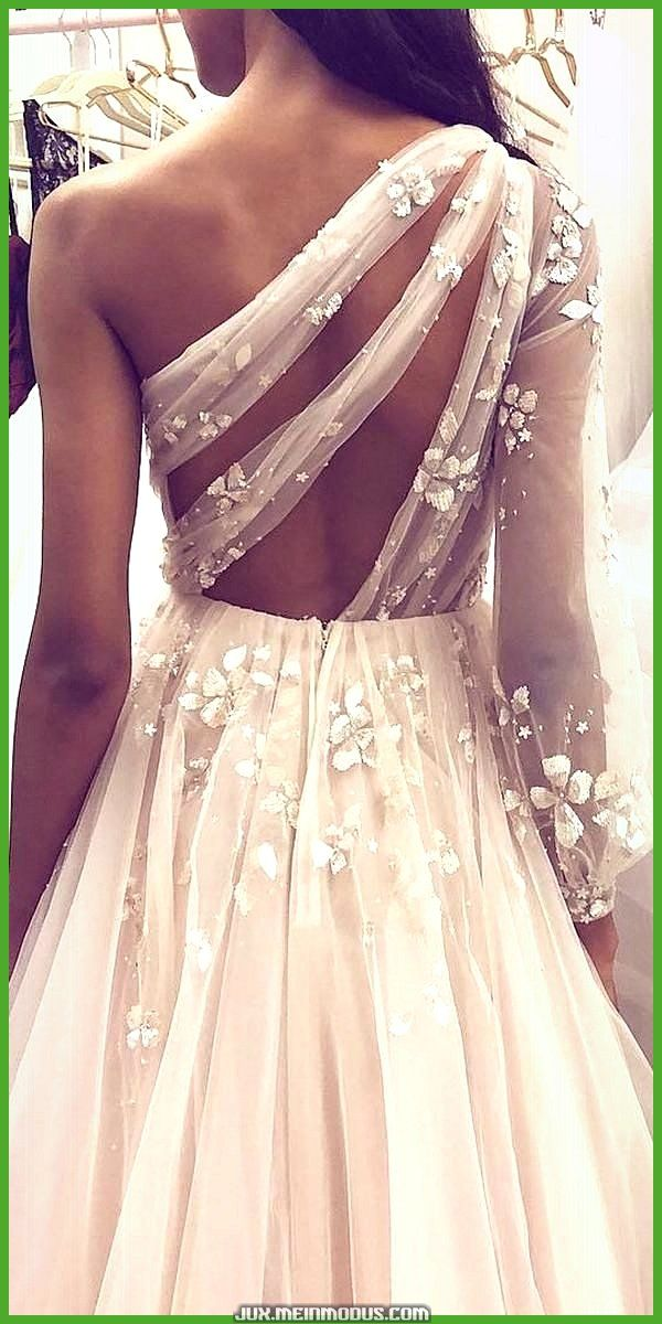 Gesamtheitlich Einzigartige Brautkleider Mode Braut Mode In 2020 Brautkleid Kleider Hochzeit Hochzeitskleid