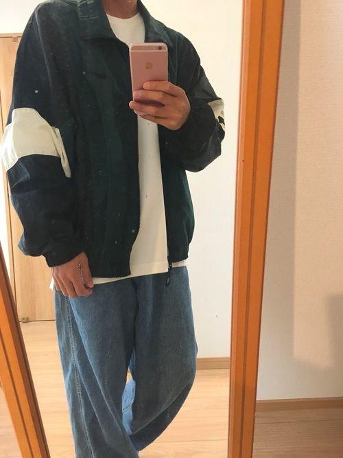 ナイキのナイロンジャケットを古着屋で購入しました!