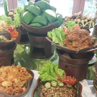 Traditional Nasi Bali Buffet