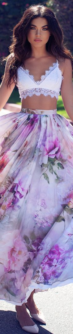 Beautiful purple lilac floral print chiffon maxi skirt! Loving the lace bralette too! Great outfit for summer!