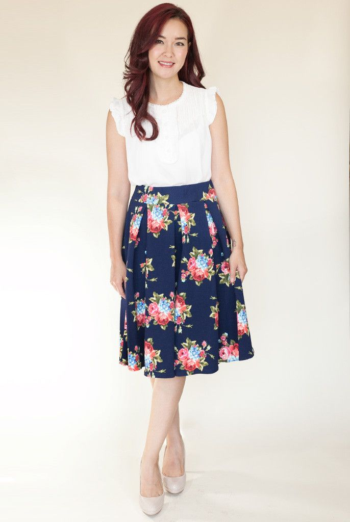 Garden Party Floral Skirt in Navy | Flowy midi skirt in navy with pretty floral pattern | Idol Collective