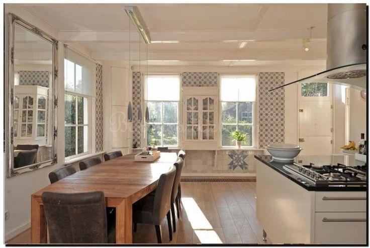 25 beste idee n over eetkamer spiegels op pinterest appartement eetzalen en muur spiegels - Interieur binnenkomst ...