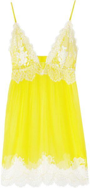 Jenny Packham Chantilly Lace and Silkchiffon Chemise in Yellow (lemon)