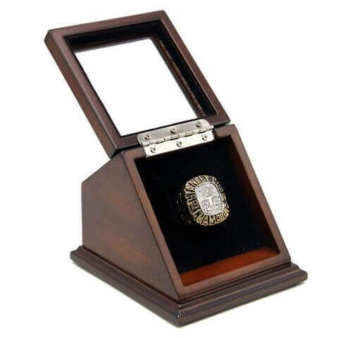 NHL 1987 Edmonton Oilers Stanley Cup Championship Replica Fan Ring with Wooden Display Case