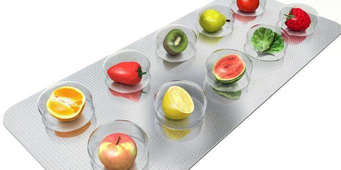 Πολυβιταμίνες – μία βόμβα ενέργειας!  Εντάξτε τις πολυβιταμίνες στο καθημερινό σας πρόγραμμα…. χαρίζουν μακροζωία! Επωφεληθείτε από την ισχυρή και φυσική δράση και προσφορά τους και προμηθευτείτε τις μέσα από το i-cure.  Γνωστές εδώ και χρόνια για τις θεραπευτικές τους ιδιότητες, μπορείτε να τις βρείτε στις πλέον ανταγωνιστικές τιμές της αγοράς, με ένα κλικ!Επιλέξτε επώνυμες πολυβιταμίνες όπως Solgar, Health Aid, Centrum και Lamberts…