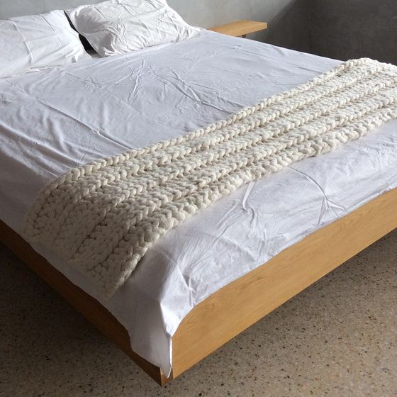 Image of Bed Runner (Rib Stitch)