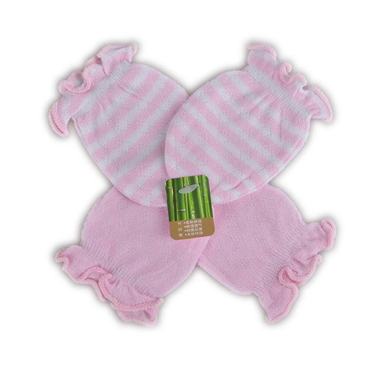 We are elated to roll out our fresh-off-the-drawing-board catalogue of goodies.   Like and Tag if you like this Girl Pink Mittens.  Tag a mother who would love our huge range of babywear! FREE Shipping Worldwide.  Why wait? Buy it here---> https://www.babywear.sg/2-pairs-newborn-baby-gloves-mittens-cotton-anti-scratching-baby-gloves-for-newborn-baby-boy-mittens-full-finger-gloves-girl/   Dress up your toddler in lovely clothes today!    #babyrompers