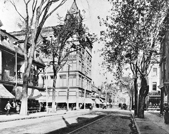 20 Photos Of Montreal's Saint-Catherine Street In 1900 | MTL Blog