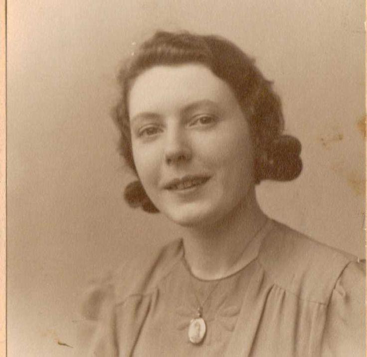 My Mum Dorothy Joan Sinclair nee Hilton