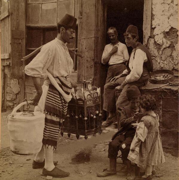 Eski İstanbul'da Dondurmacı,Yıl . 1898