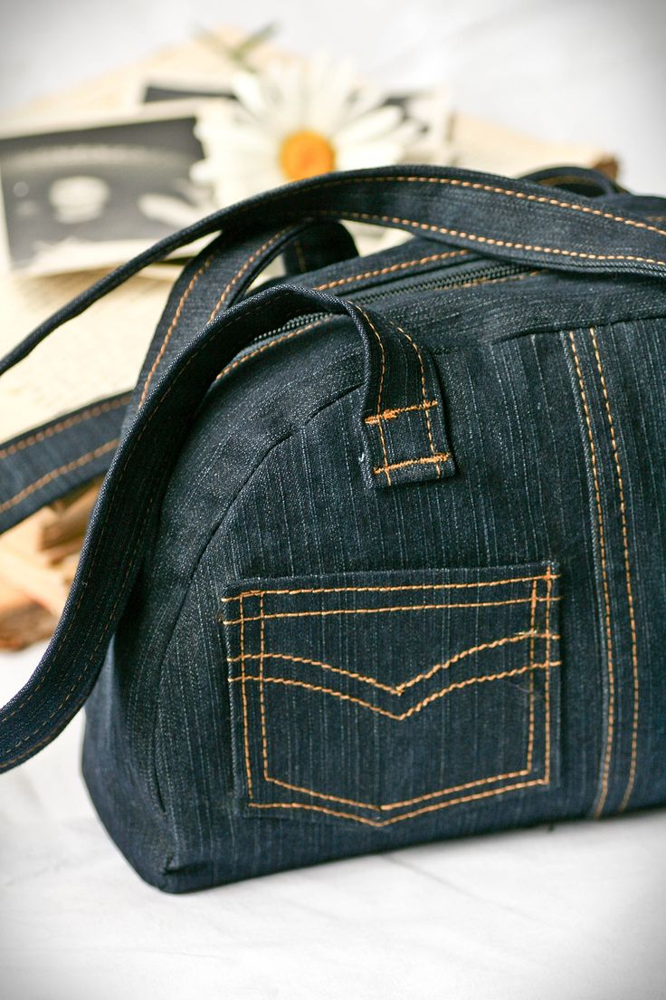 Denim Bag Recycled Upcycled denim old jeans RECICLAR REUTILIZAR VIEJOS PANTALONES TEJANOS BOLSA BOLSO