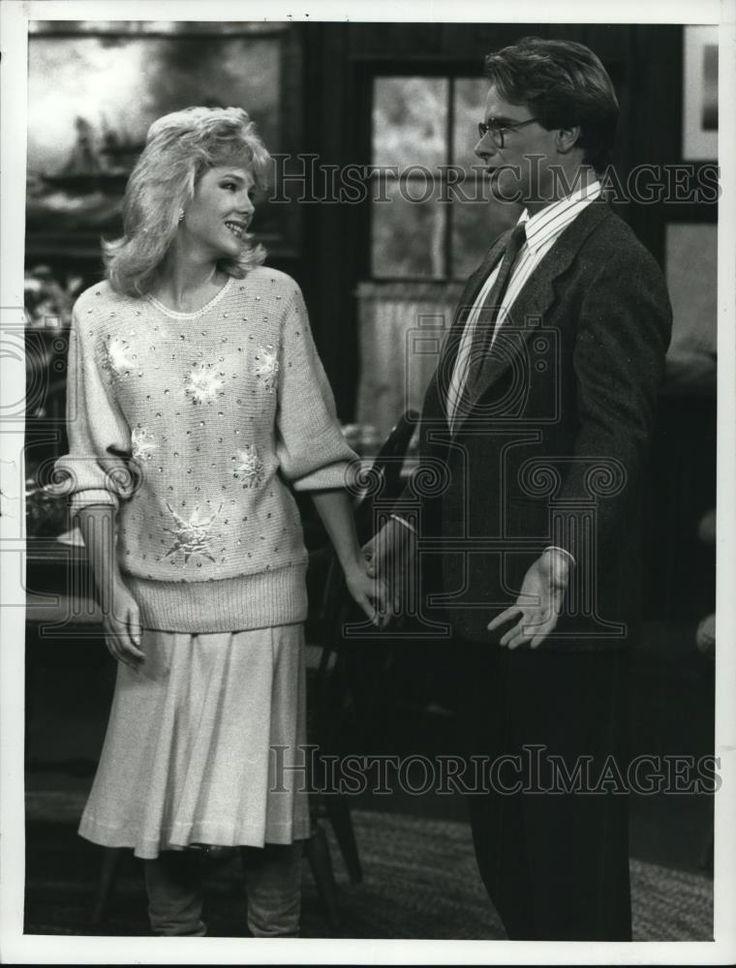 1988 Press Photo Julia Duffy and Peter Scolari star in Newhart TV show                                                                                                                                                                                 More