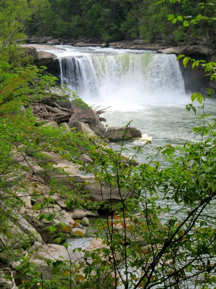 Kentucky Freeway Map%0A     waterfall in the world to regularly display a Moonbow  It is also  called the   Niagara of the South    Thanks to our good friends at Map Dot   Kentucky