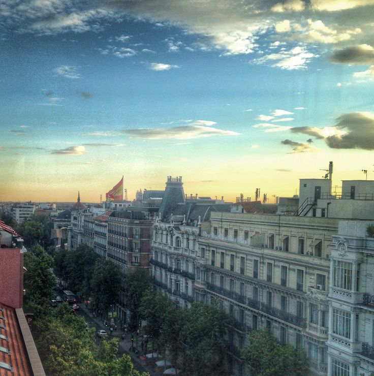 Calle serrano #sunset #madrid #spain