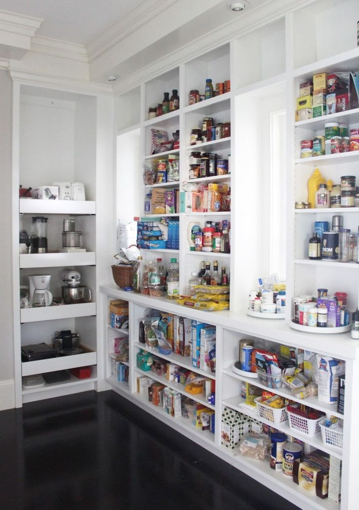 Best White Pantry With Custom Fit Shelving System For Apartment 640 x 480