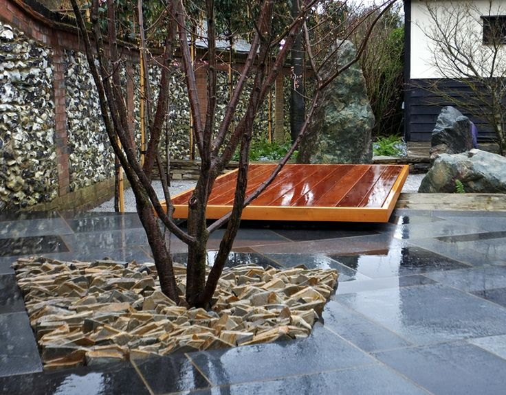 Contemporary japanese garden in essex love gardens for Contemporary japanese garden