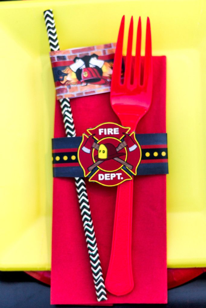 FIRE FIGHTER NAPKIN RINGS - FIREMAN Party - Fire Truck Party