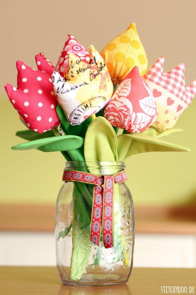 stitchydoo: DIY | Ein Strauß genähter Tulpen zum Muttertag
