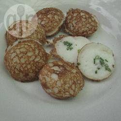 Kanom Krok (coconut cakes)