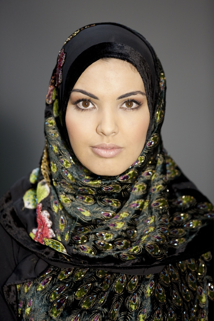 """""""Van mijn zus, die geen hoofddoek meer draagt."""" #hoofddoek #hijab http://www.hoofdboek.com/"""