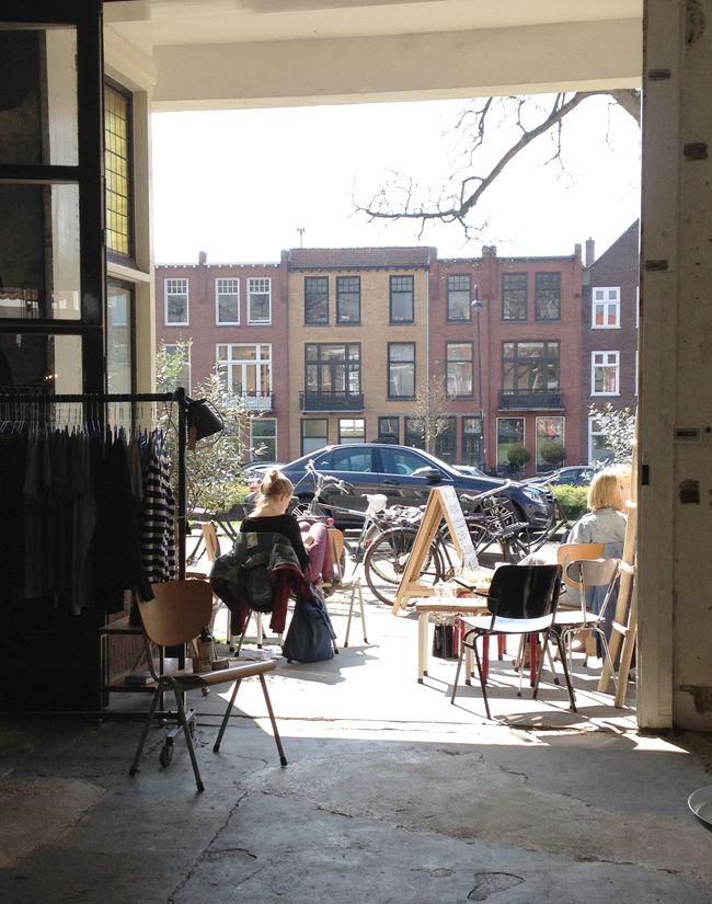 Portrait: koffie & lunch (ook kleding & vintage meubels!!!) Raamvest 29a