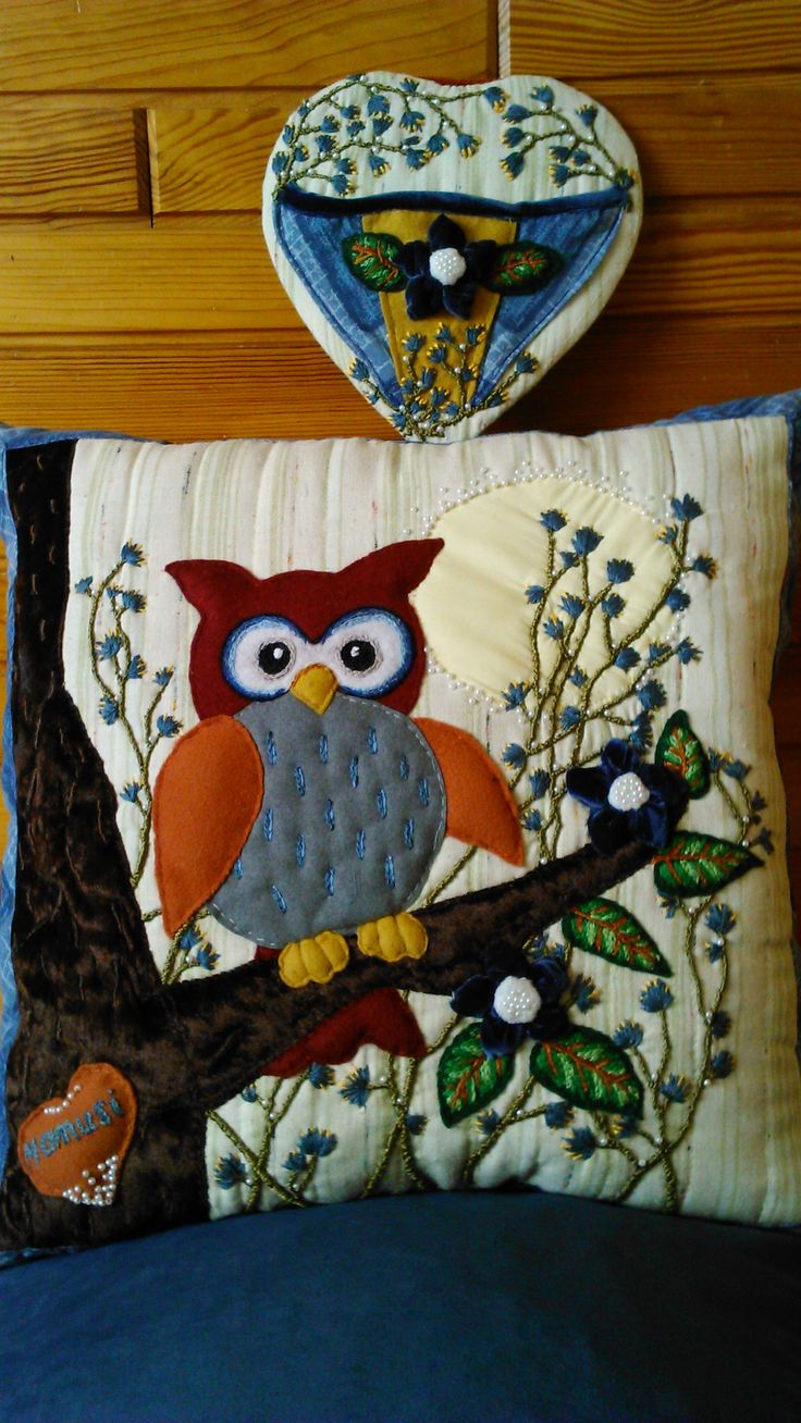 """Dawn in the blue corner"". A cushion and a hanging organizer applied and embroidered set. Handmade by Alina Wodzińska."