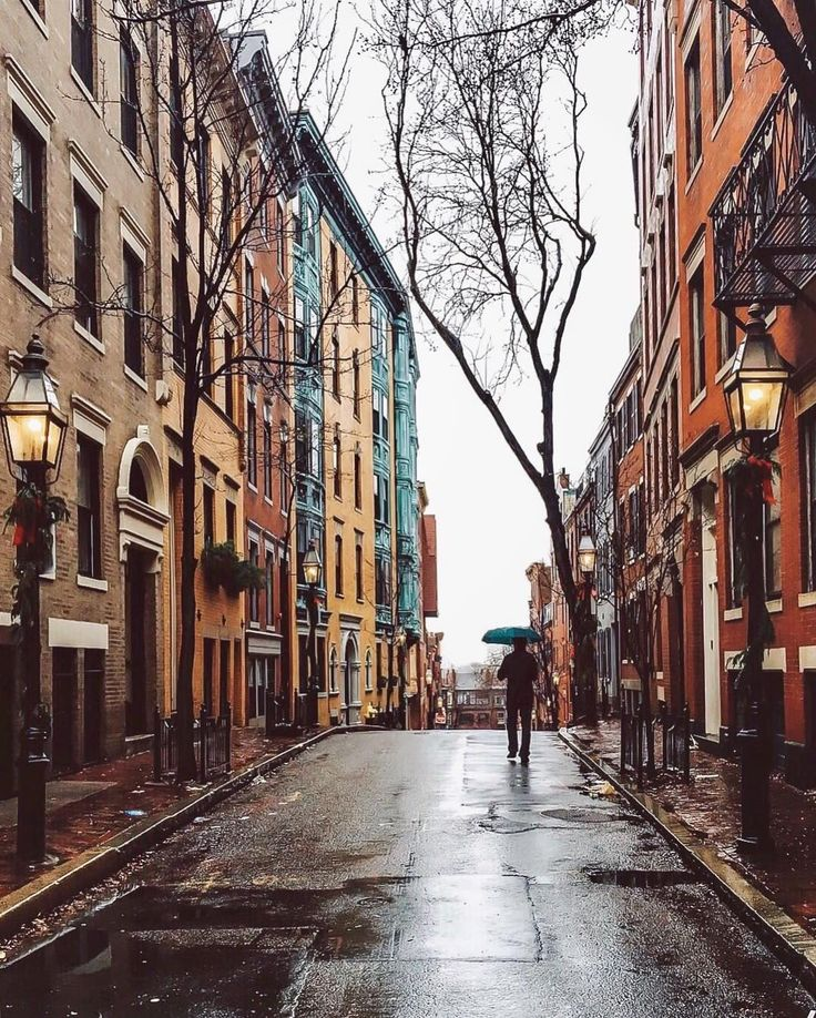 Beacon Hill, Boston by @heythereney