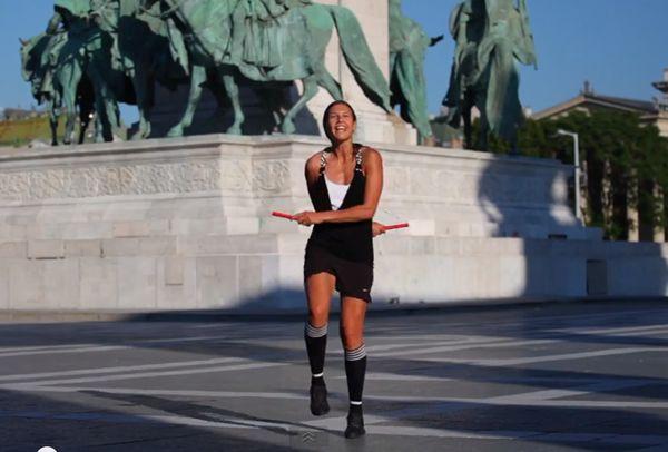 Adrienn Banhegyi championne de corde à sauter [video]