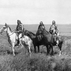Three Blackfeet indian chiefs - Dakotas ca.1900