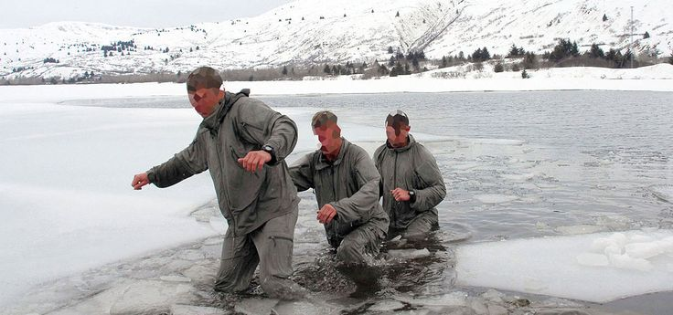 During theearly part of the war in Afghanistan, US forces were suffering under extreme cold weather conditions; poorly served by their issuedclothing sys