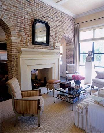 Кирпичная стена в интерьере – эффектная кладка как элемент декора