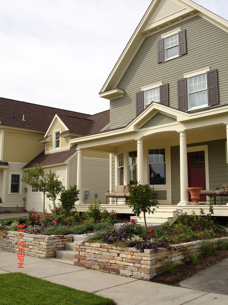 Chilton Stone, Retaining Wall, Curb Appeal, Garden Design, www.sarahscottagecreations.com