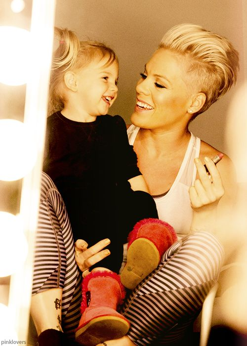 Alicia Moore (Pink) with daughter