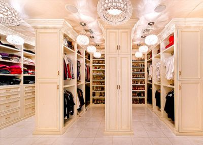 Walk-in closet with aisles... ONE CAN DREAM!