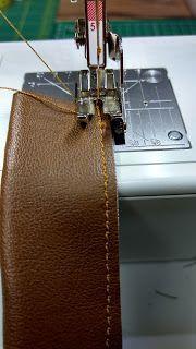 Inessel: Taschenhenkel aus Kunstleder mit Gurtbandfüllung und Buchschrauben -Tudorial-