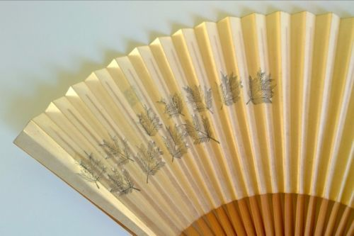 Vintage-Japanese-fan-paper-bamboo-pine-hand-painted
