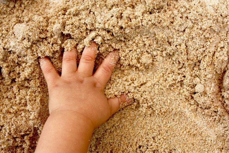 """SAND PLAY THERAPY-  L'arte del """"gioco con la sabbia"""" diventa terapia"""