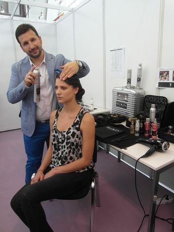 Marco Arena auf der Cosmetica-Messe 2012  Styling von Promis und Modellen