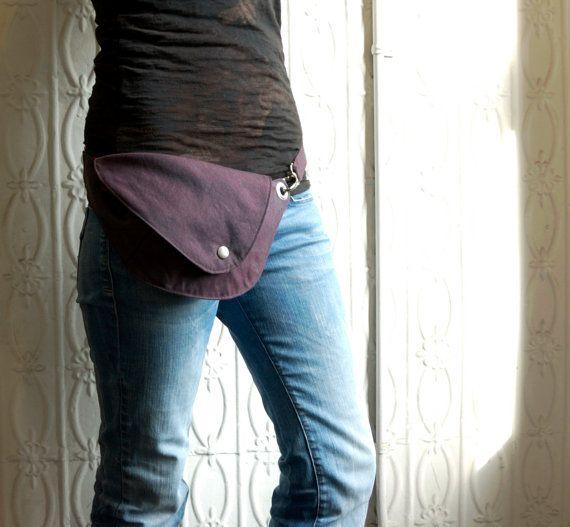 Lila Gürteltasche: Hüfttasche Gürteltasche OOAK von rocksandsalt