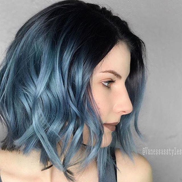 Metallic Blue @vanessastylesyou