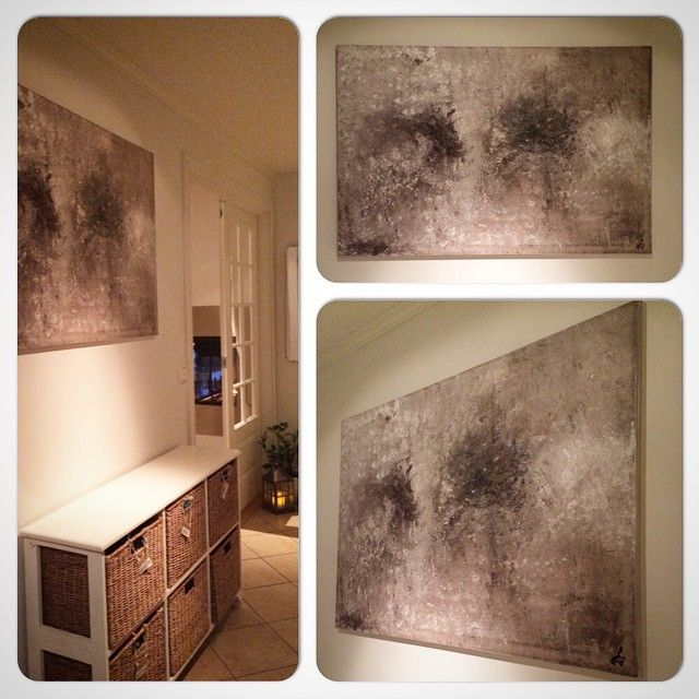 Canvas on wooden frame 100x130 cm - giving us a warm welcome in the hallway☺️  Good night! #paint #paintings #artwork #acryl #acrylic #maleri #malerier #kunst #akrylmaling #diy #canvas #lerret #natur #doityourself